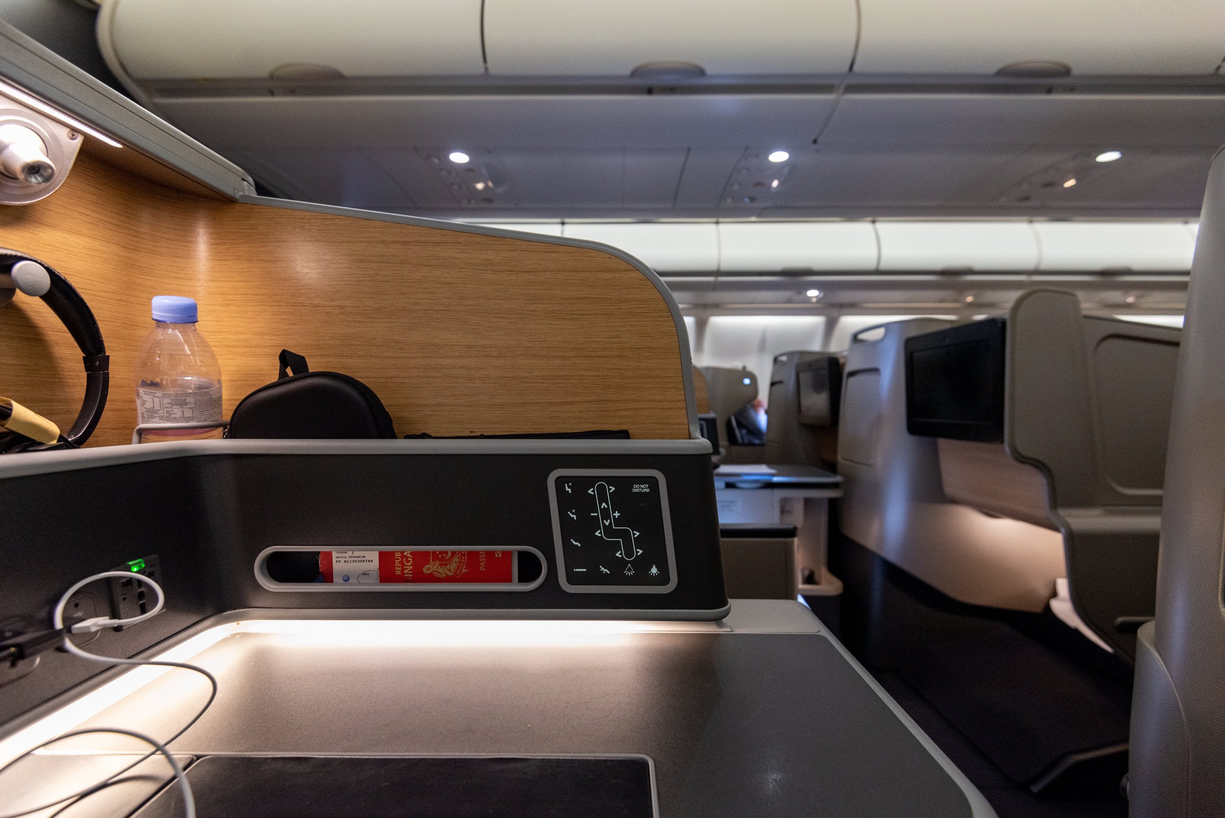 Seat Controls and Storage  Qantas Business Class QF52 A330-300 - SIN to BNE