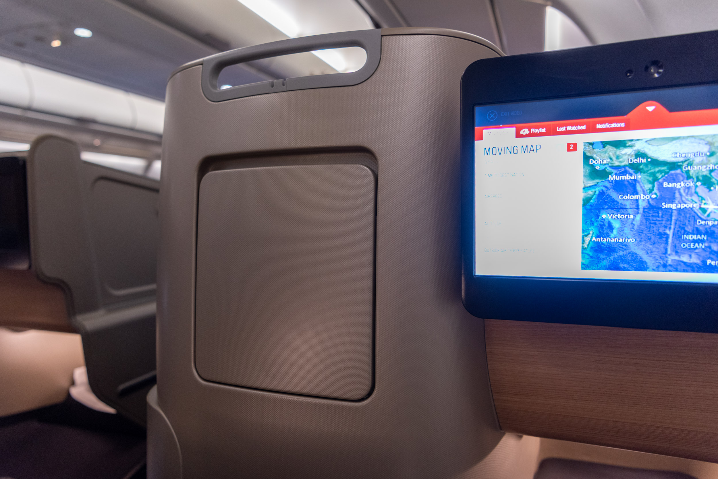 Literature Pocket  Qantas Business Class QF52 A330-300 - SIN to BNE