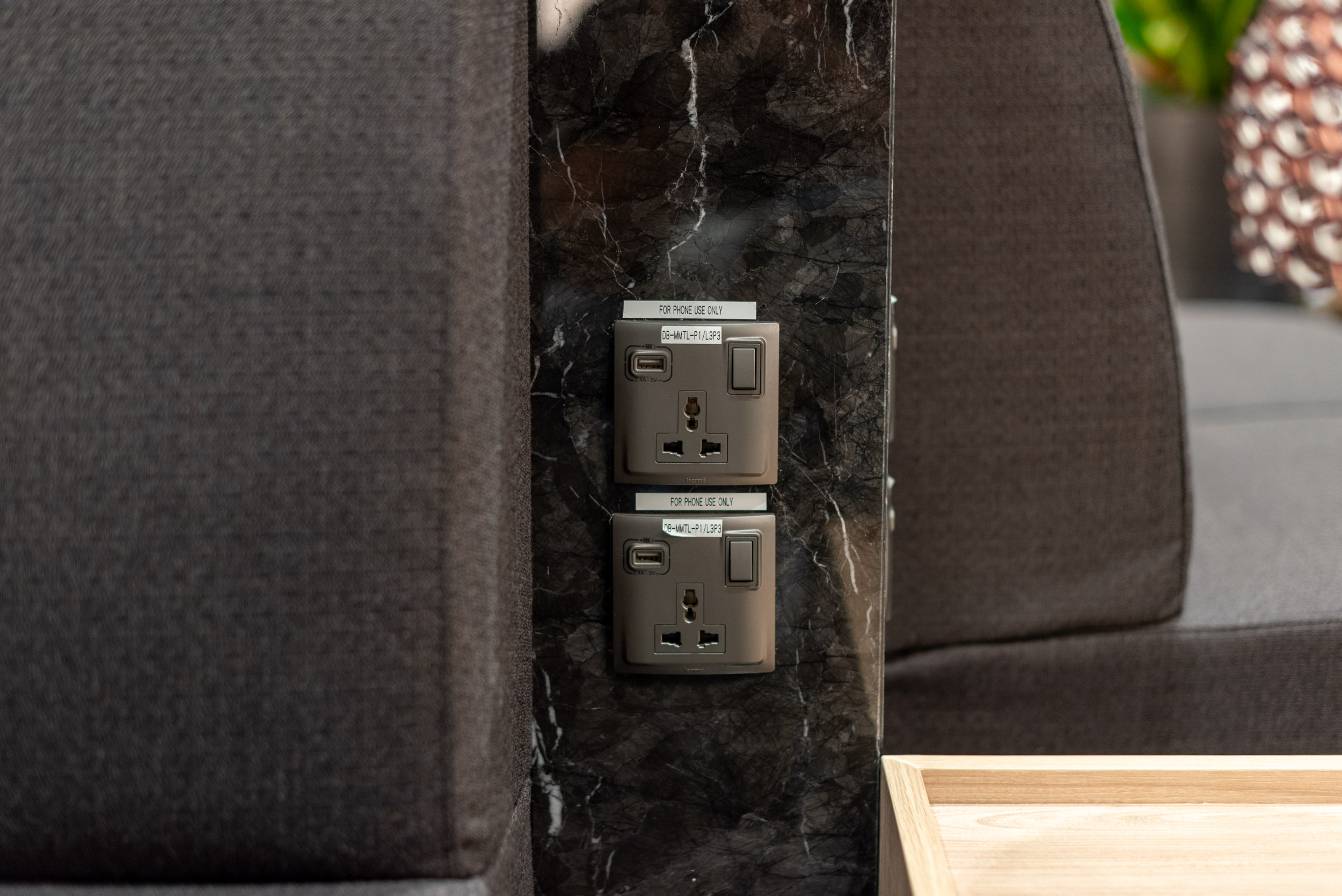 Universal Power Outlets and Charging Ports  Changi Lounge - Jewel Changi Airport