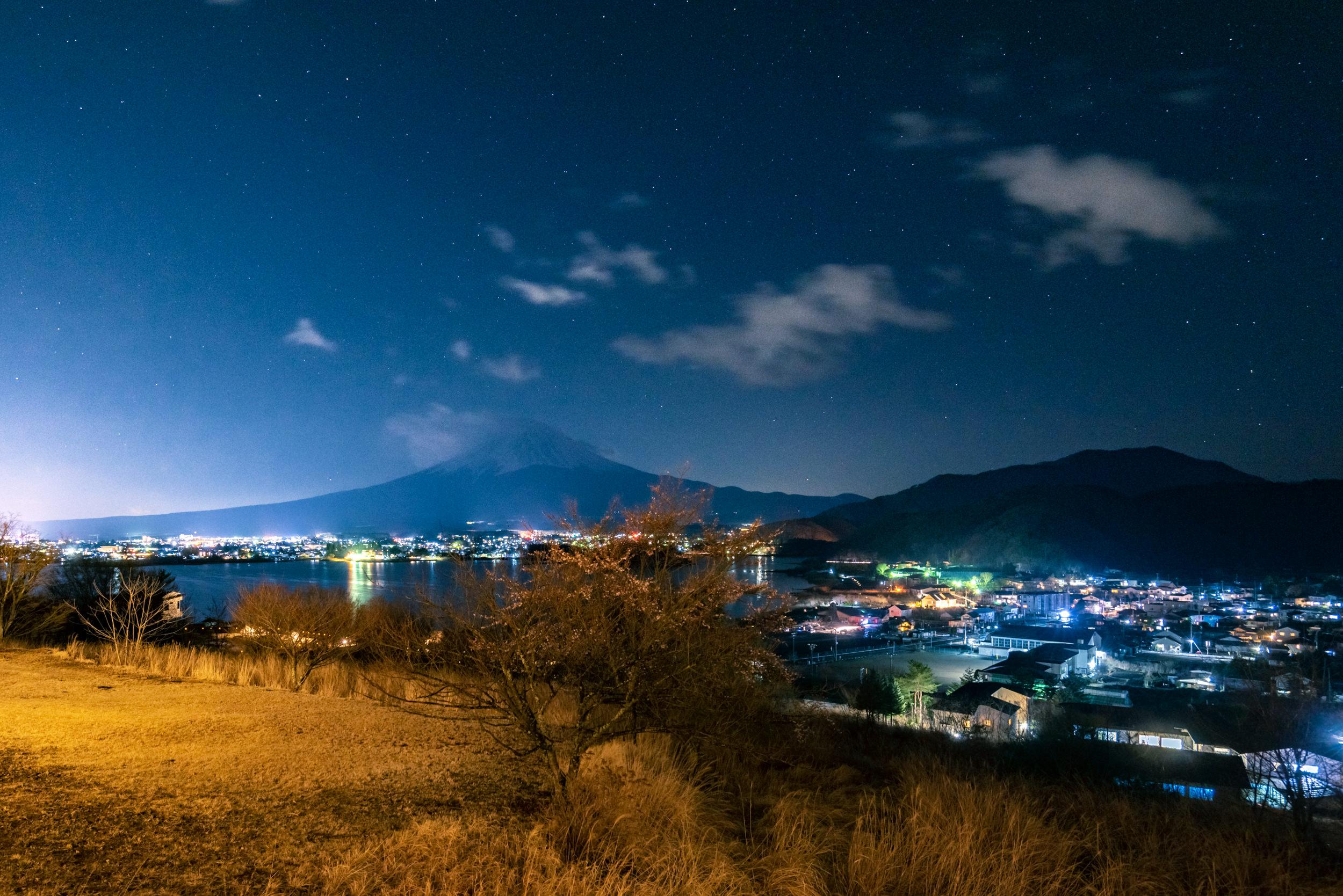 Night View from Balcony  T Cabin - HOSHINOYA Fuji