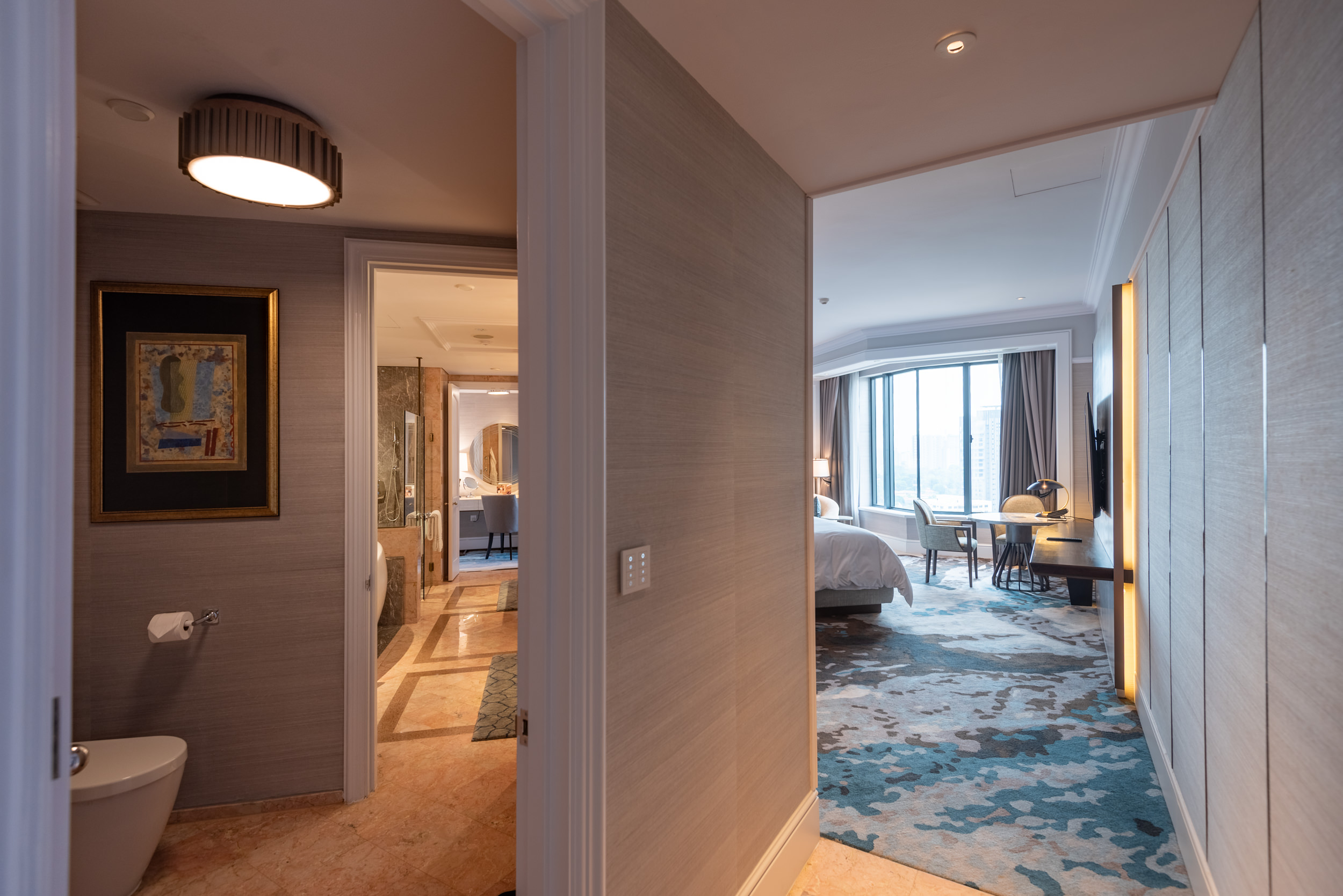 Bedroom  Ambassador One-Bedroom Suite - Four Seasons Hotel Singapore