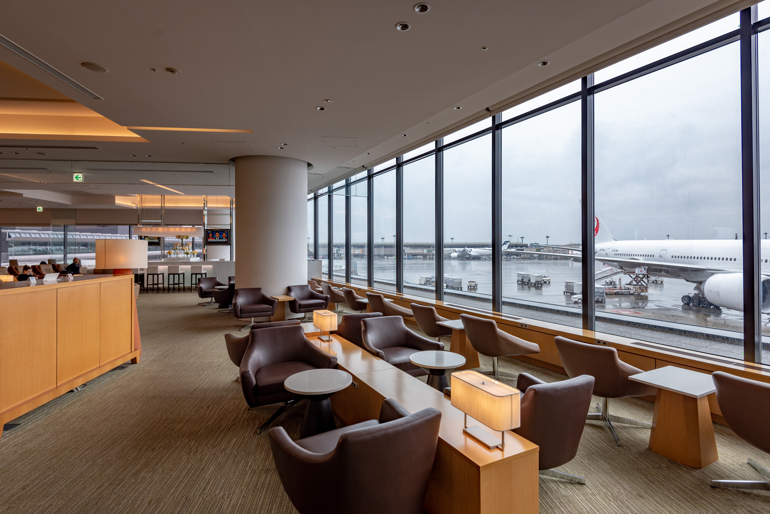 Japan Airlines Sakura Lounge - Narita International Airport (NRT)