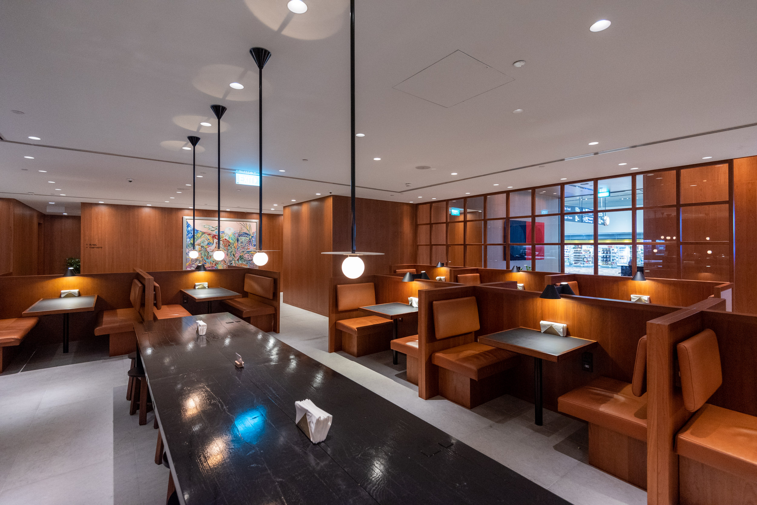 Dining Area  Cathay Pacific Lounge (Terminal 4) - Singapore Changi Airport (SIN)