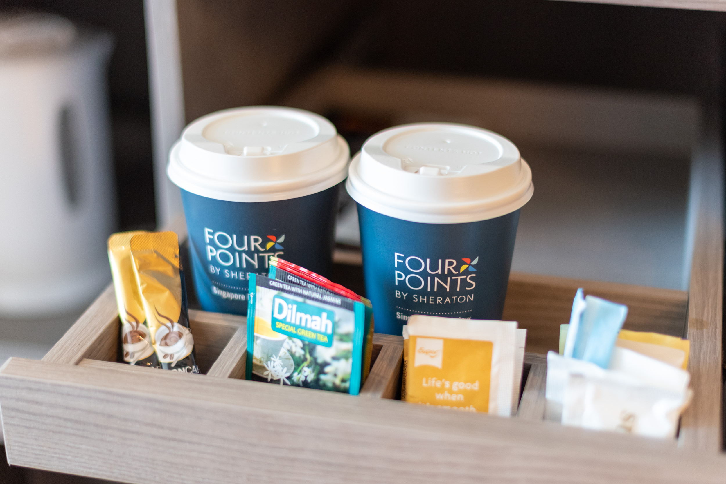 Coffee and Tea  Premium Room - Four Points by Sheraton Singapore, Riverview