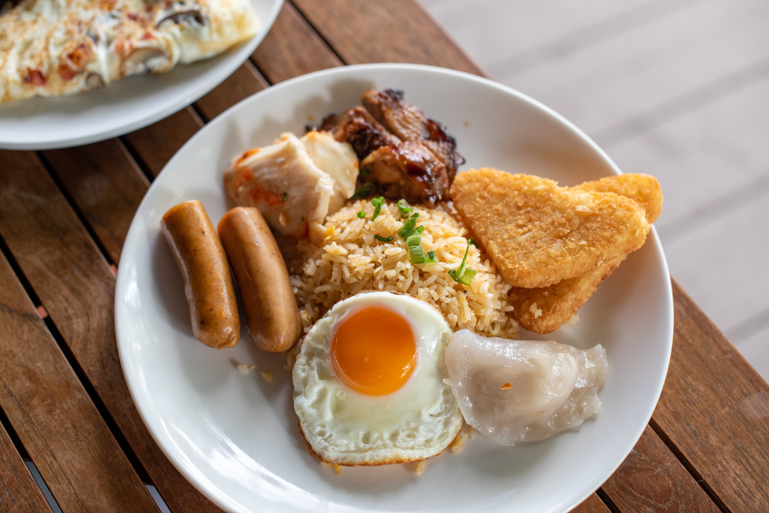 Buffet Breakfast  Four Points Eatery - Four Points by Sheraton Singapore, Riverview