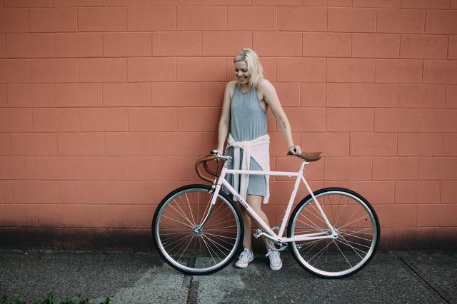 Lochside Cycles Fashion Blogger Kristen_Marie.jpg