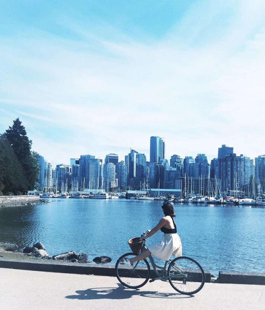 6-stanley-park-best-view-of-vancouver-877x1024.jpg
