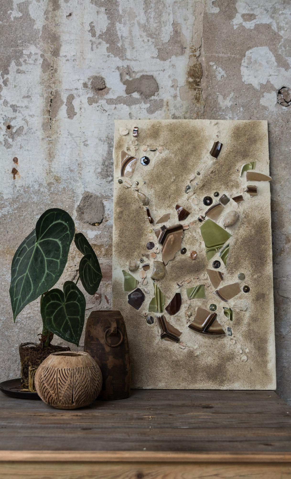 Plant: eigen, bordje:  Woonwinkel Siep , windlicht:  pluk iets moois,  vaas:  pluk iets moois ,kunstwerk: eigen, kast: eigen