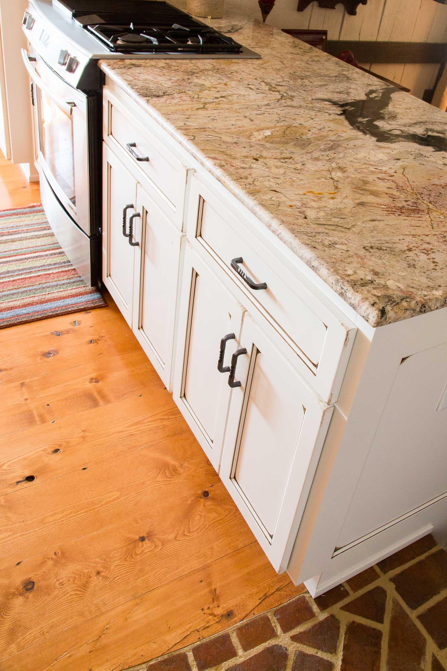 Augusta County Mossy Creek Cabinets Web -3.jpg