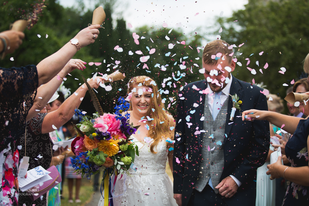 how to shoot confetti