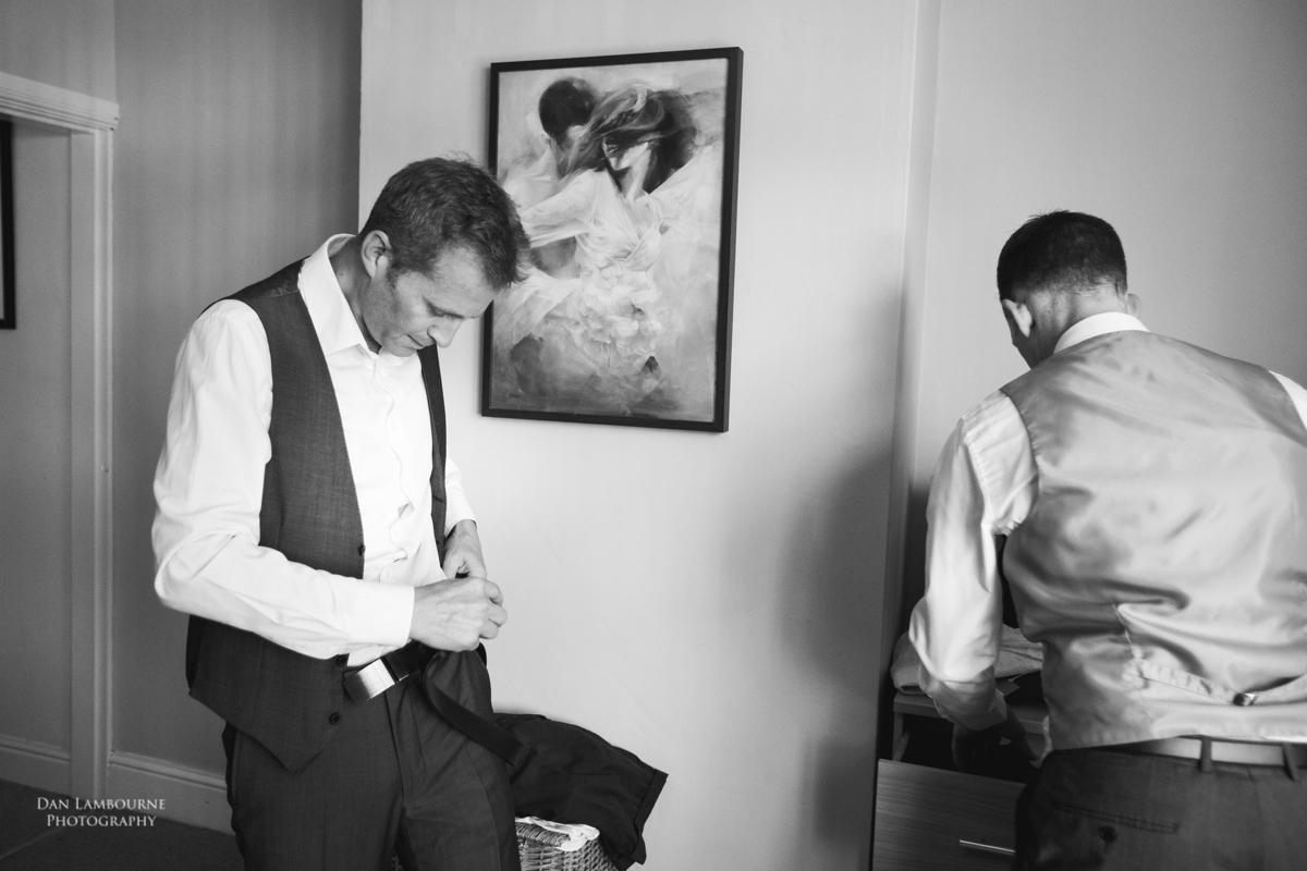 Wedding Photographer in Nottingham_11.jpg