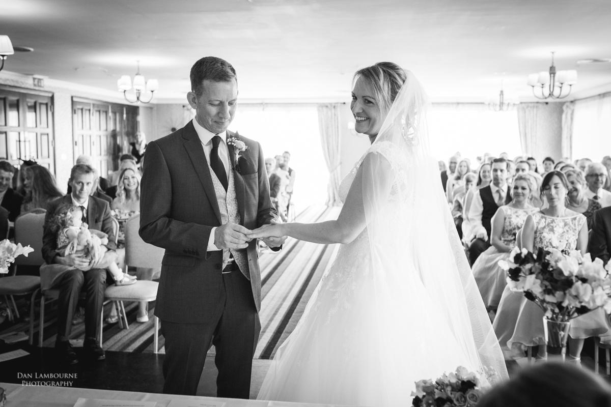 Wedding Photographer in Nottingham_53.jpg