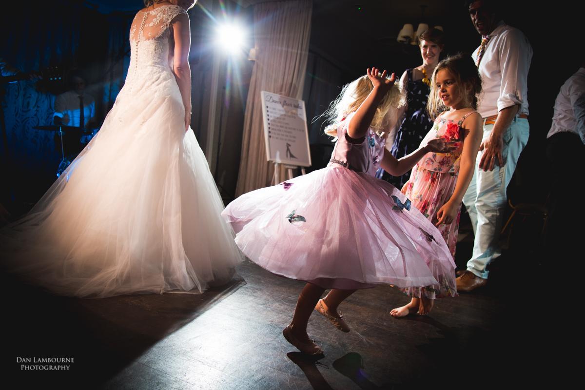 Wedding Photographer in Nottingham_91.jpg