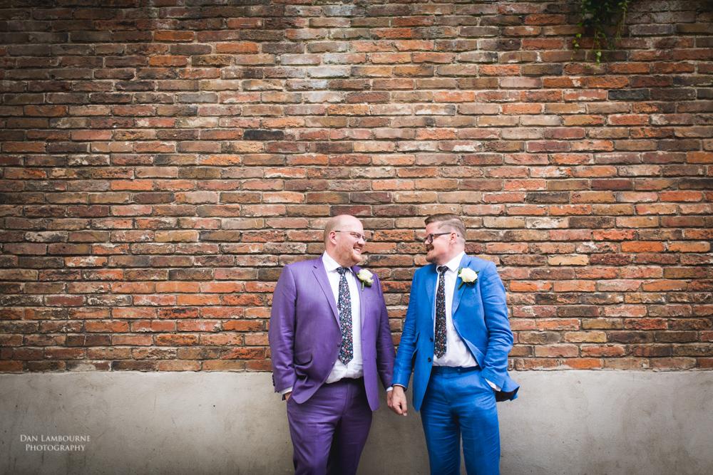 Wedding Photographer in nottingham_34.jpg