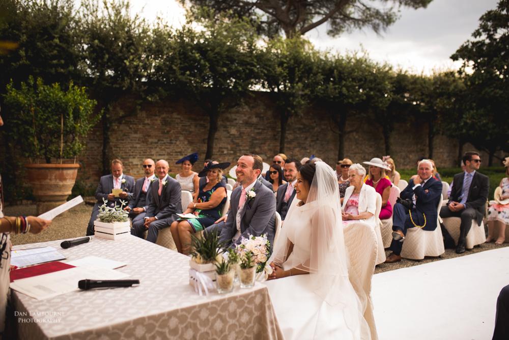 Wedding Photographers in Tuscany_70.jpg