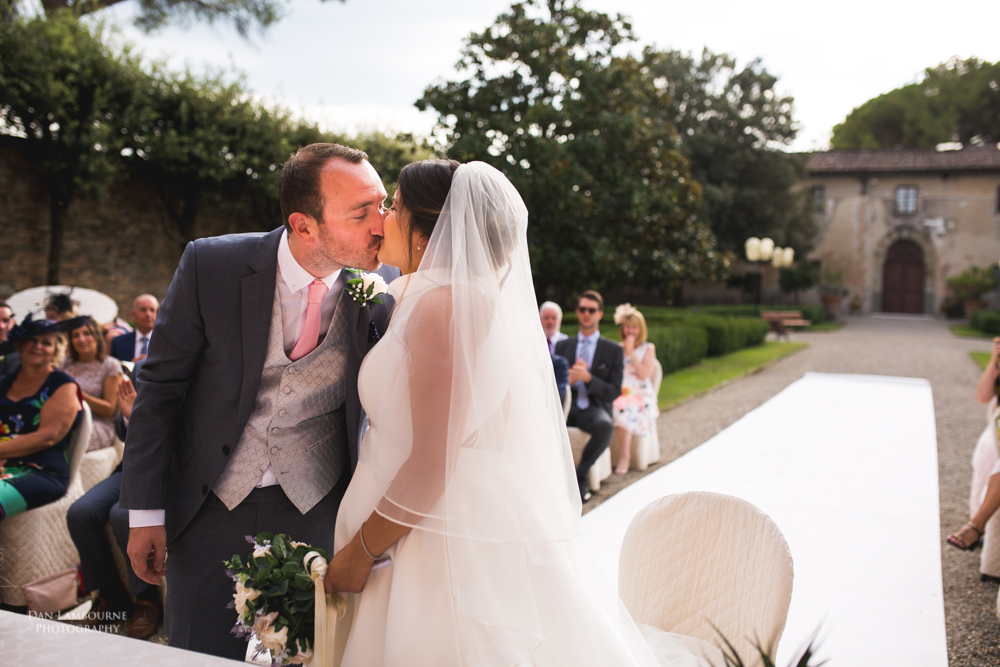 Wedding Photographers in Tuscany_72.jpg