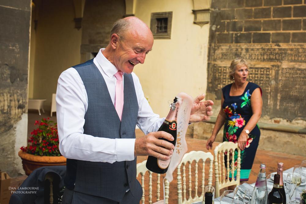 Wedding Photographers in Tuscany_101.jpg