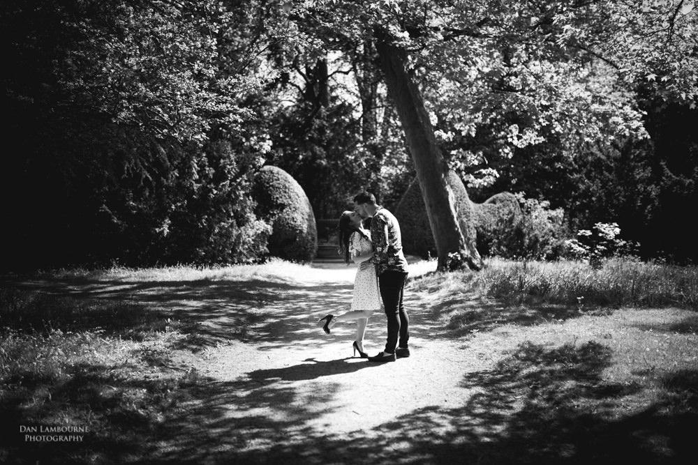Newstead Abbey Engagement Shoot-4.jpg