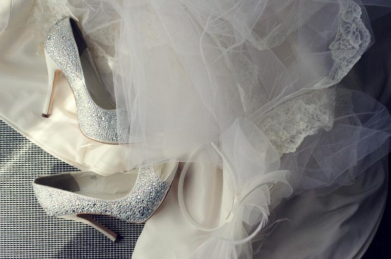 Atlanta-Wedding-Photographer-LeahAndMark-Veil and Shoes.jpg