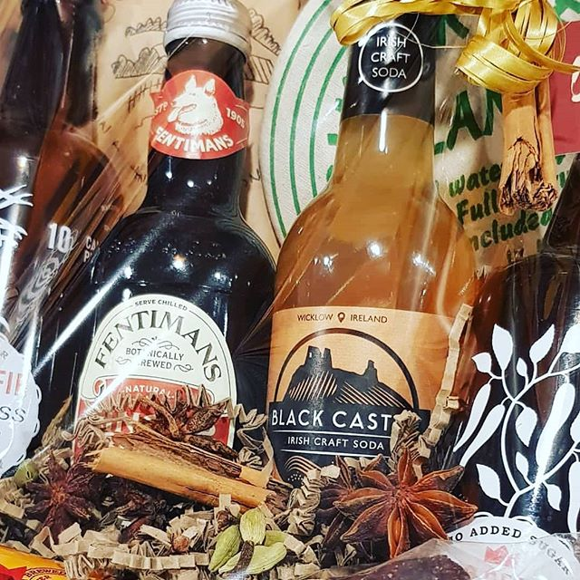 Love #Ginger ?! You've got to get your hands on one of these @urrubandon hampers! 🙌🙌🙌 #GingerBeer #BlackCastleDrinks #LessOrdinary