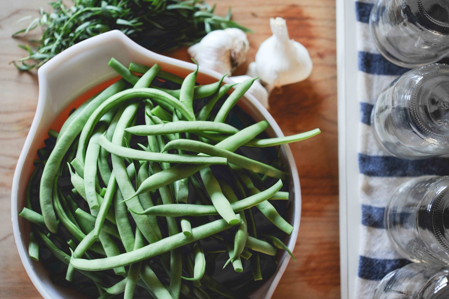 pickling green beans.jpg