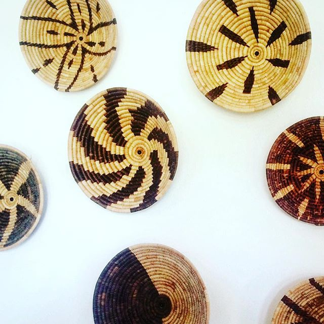 Employ and you will Empower! CCO loves supporting and training the women who weave these incredible baskets! They are taught design and business skills as a part of our job creation model. Keep an eye out for these great gifts at holiday markets this Xmas season! Give gifts that inspire change and transform communities! You can also contact admin@crossconnectionoutreach if you are interested in purchasing some! #crossconnectionoutreach #cco #ccomoz