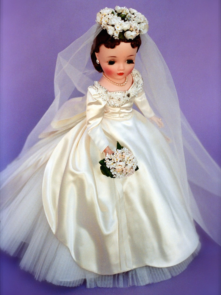 """The 21""""Cissy version of this doll - No. 2180 from 1960. Cissy, from 1960 through her final year in 1962, sometimes received false eyelashes over their factory eyelashes."""