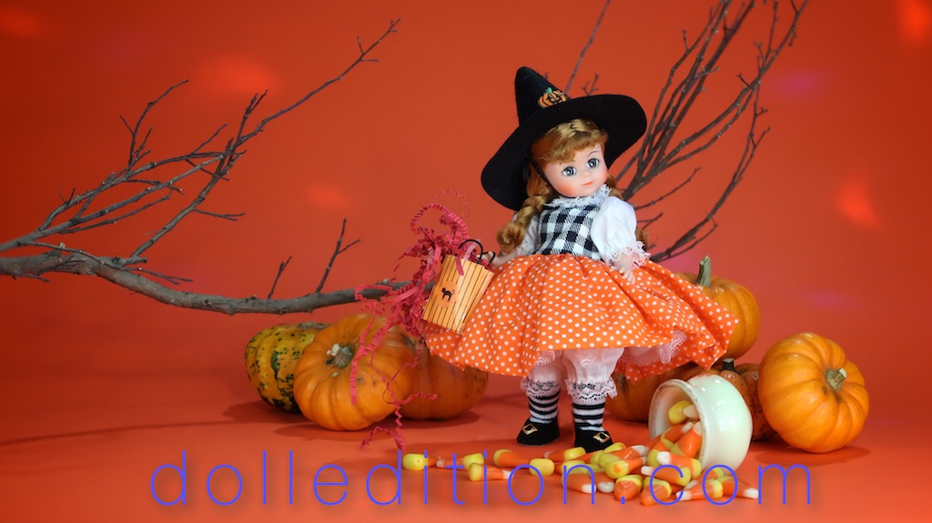 "Halloween 2017 - dolledition.com / 1990 ""Greenville Holiday Special"" by the Alexander Doll Company"