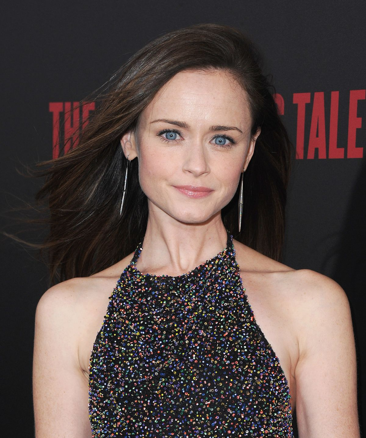 Alexis Bledel, April 2017, Split Diamond Earrings