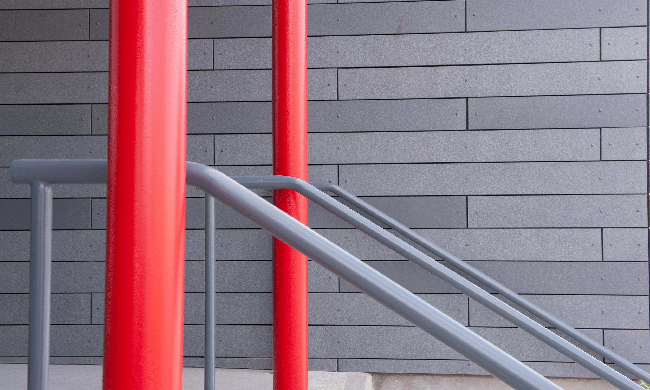 upper level entrance detail