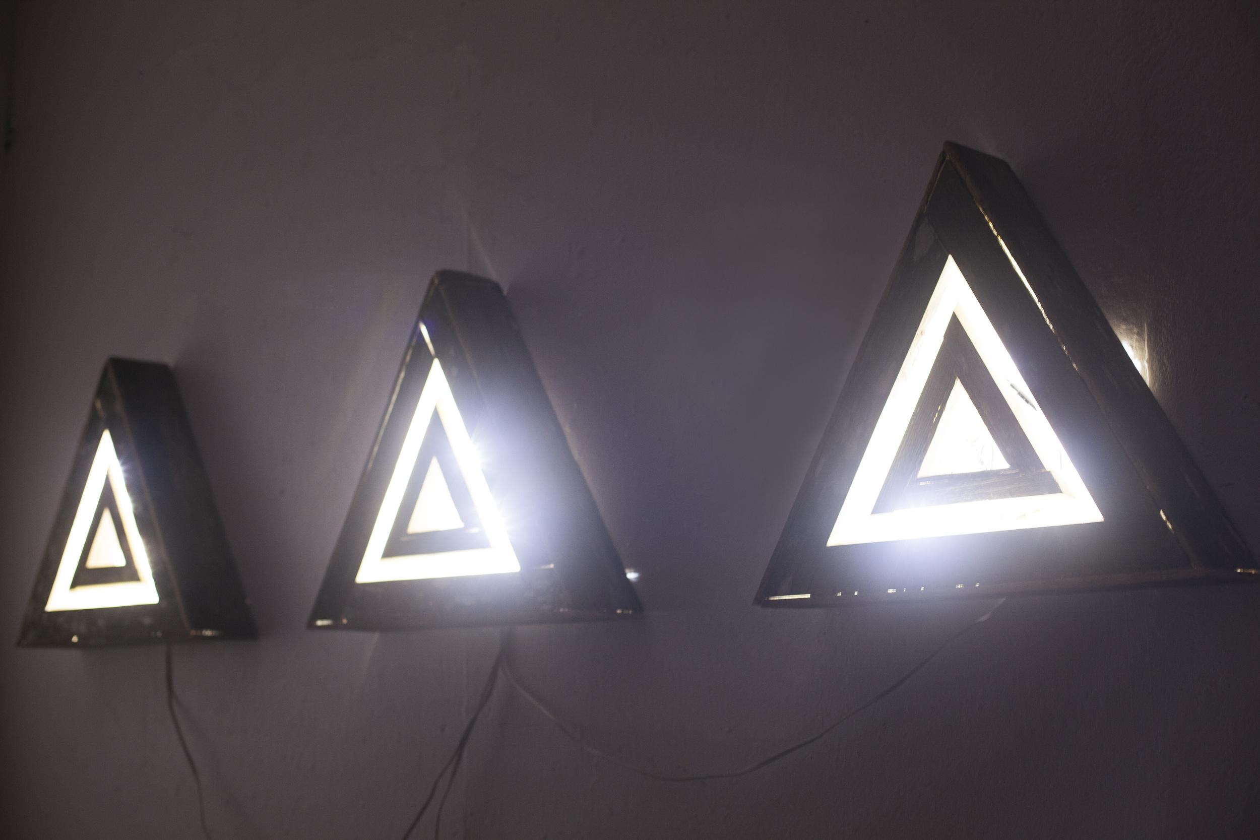 triangle2.jpg