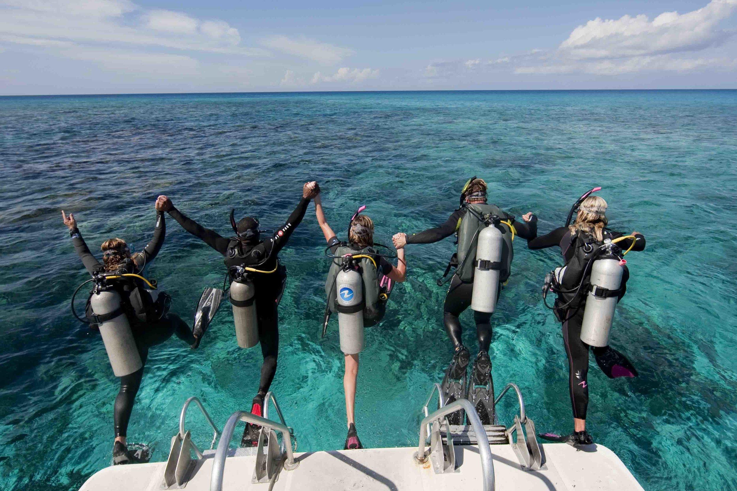 caribbean_divers.jpg