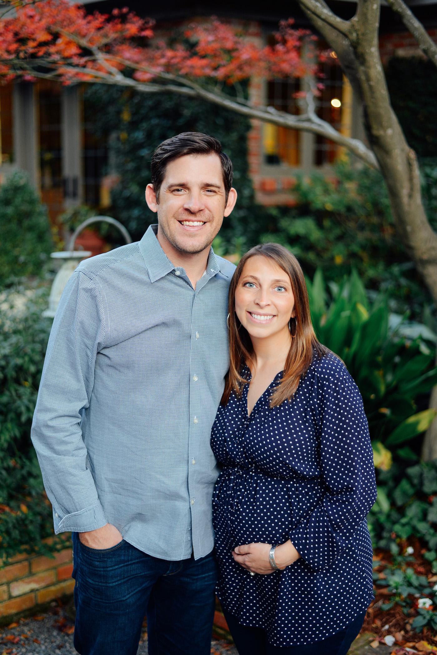 couple portrait maternity