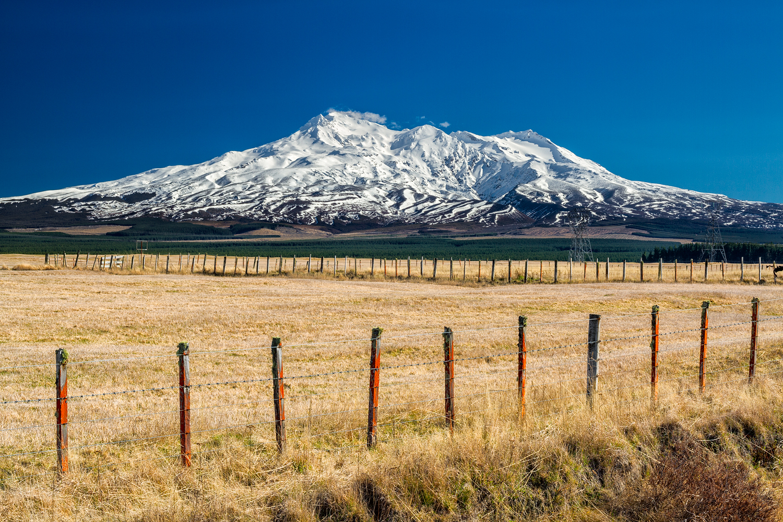 Mt Ruapehu. 40  mm | 2x exposures @ 1/25th & 1/6th sec | f16 | ISO100