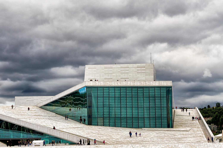 Operahuset 1. 50mm  | 1/400th sec | f7.1 | ISO100