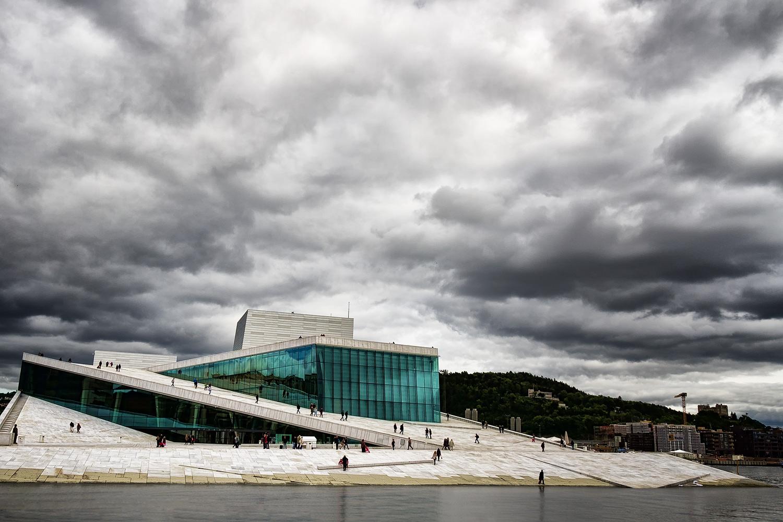 Operahuset 2. 17mm  | 1/400th sec | f8 | ISO100