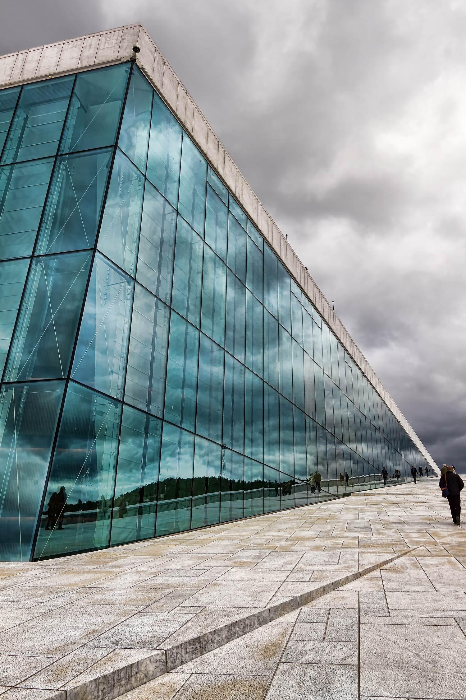 Operahuset 5. 17mm  | 1/250th sec | f8 | ISO100