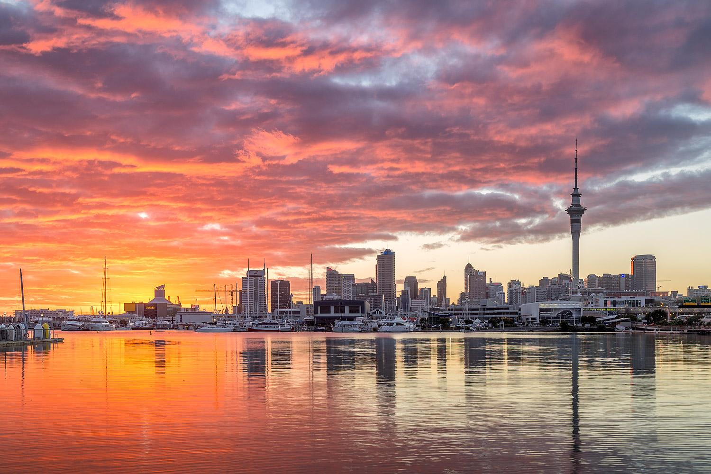 Auckland City Sunrise | 40mm | 1/5 sec | f8.0 | ISO100