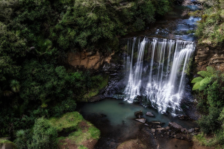 Mokoroa Falls | 25mm | 2 exposures @ 0.3 & 1.3sec | f13 | ISO100