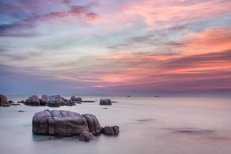 Koh Tao Sunset   26mm   2 exposures @ 2.5 & 10sec   f16   ISO100
