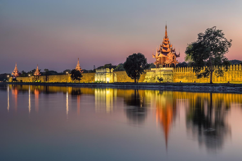 Mandalay Royal Palace Wall | 70mm | 30sec | f7.1 | ISO200