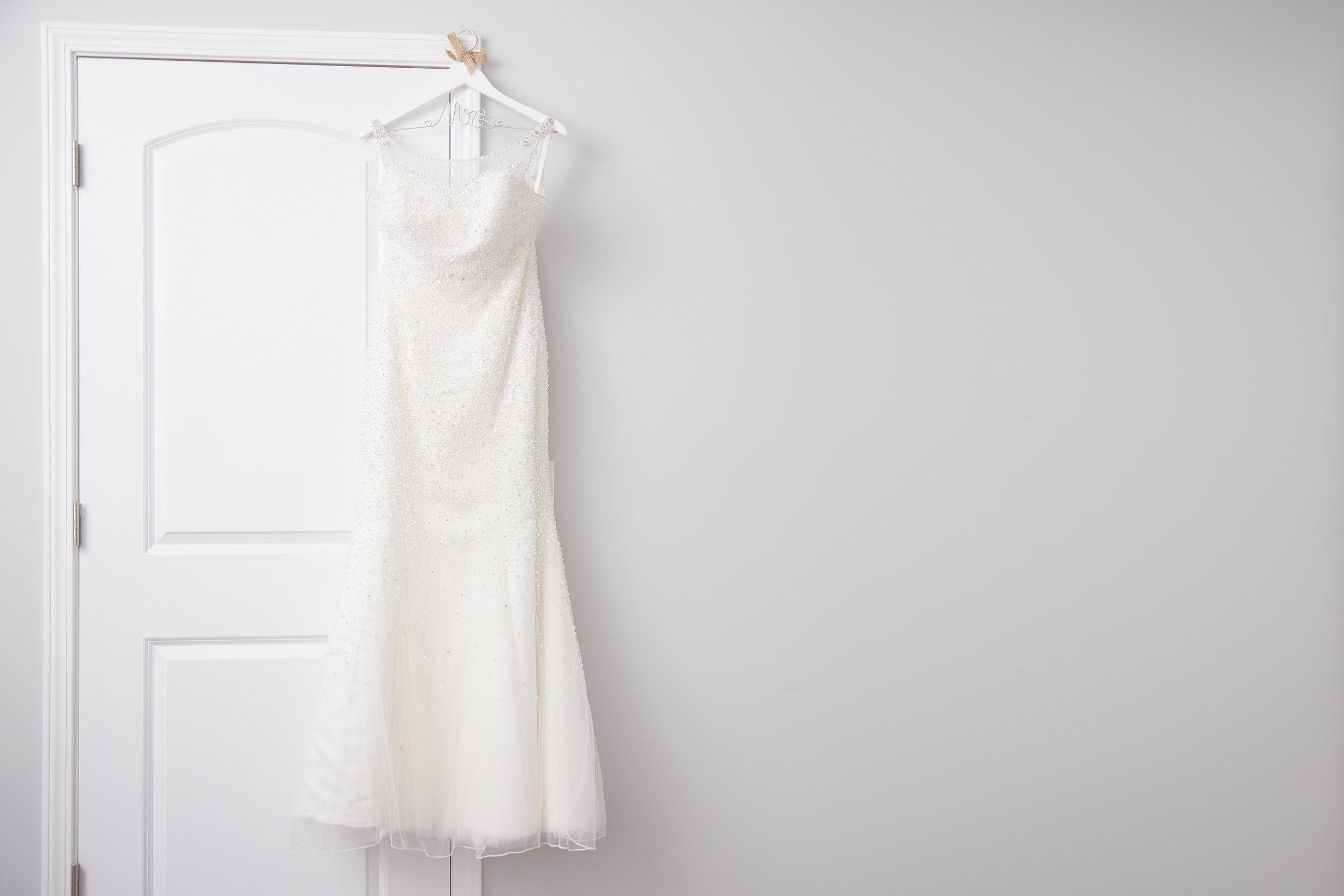 bridal white wedding gown detail photo