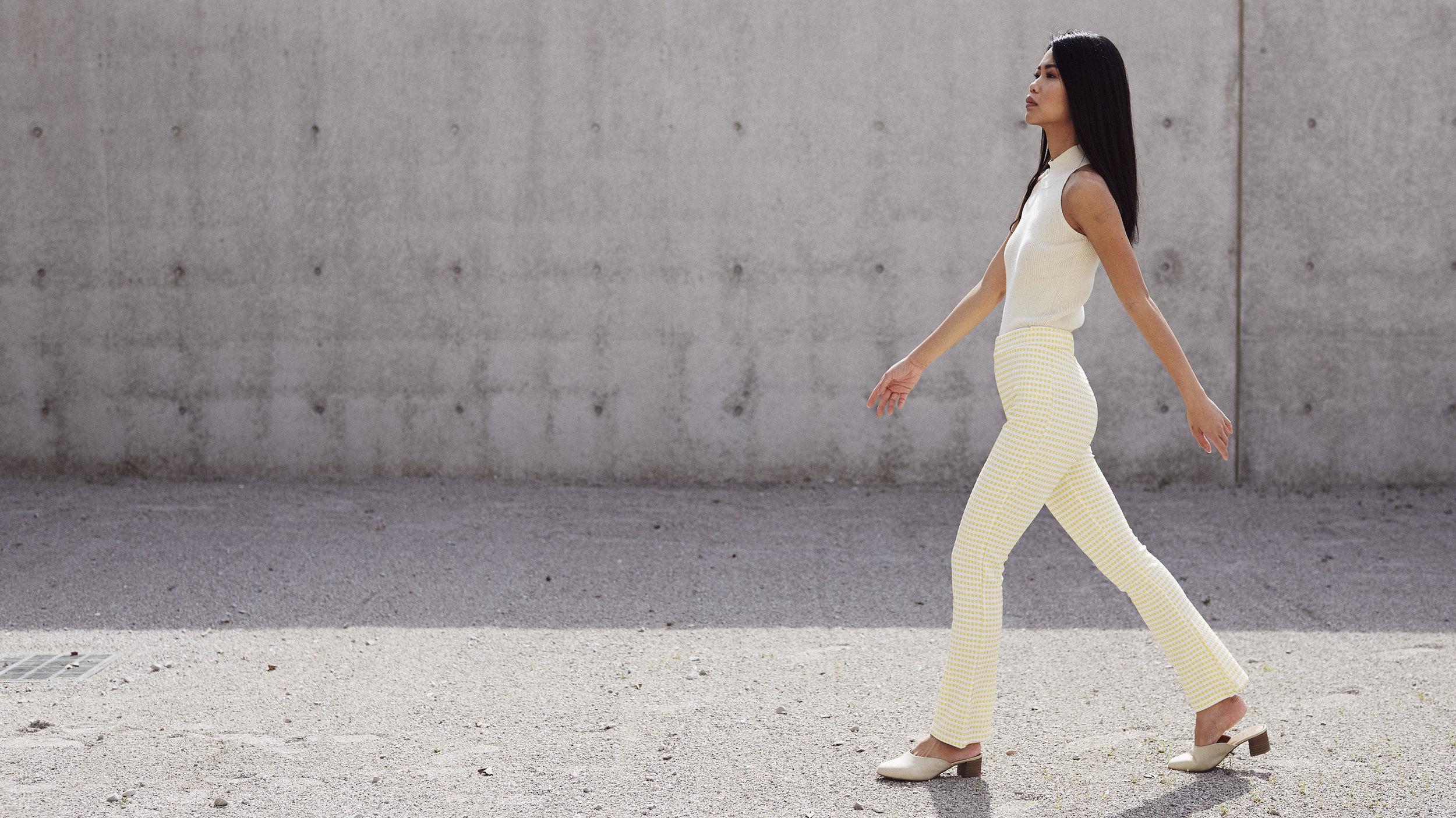 model walking for St. Louis style portrait