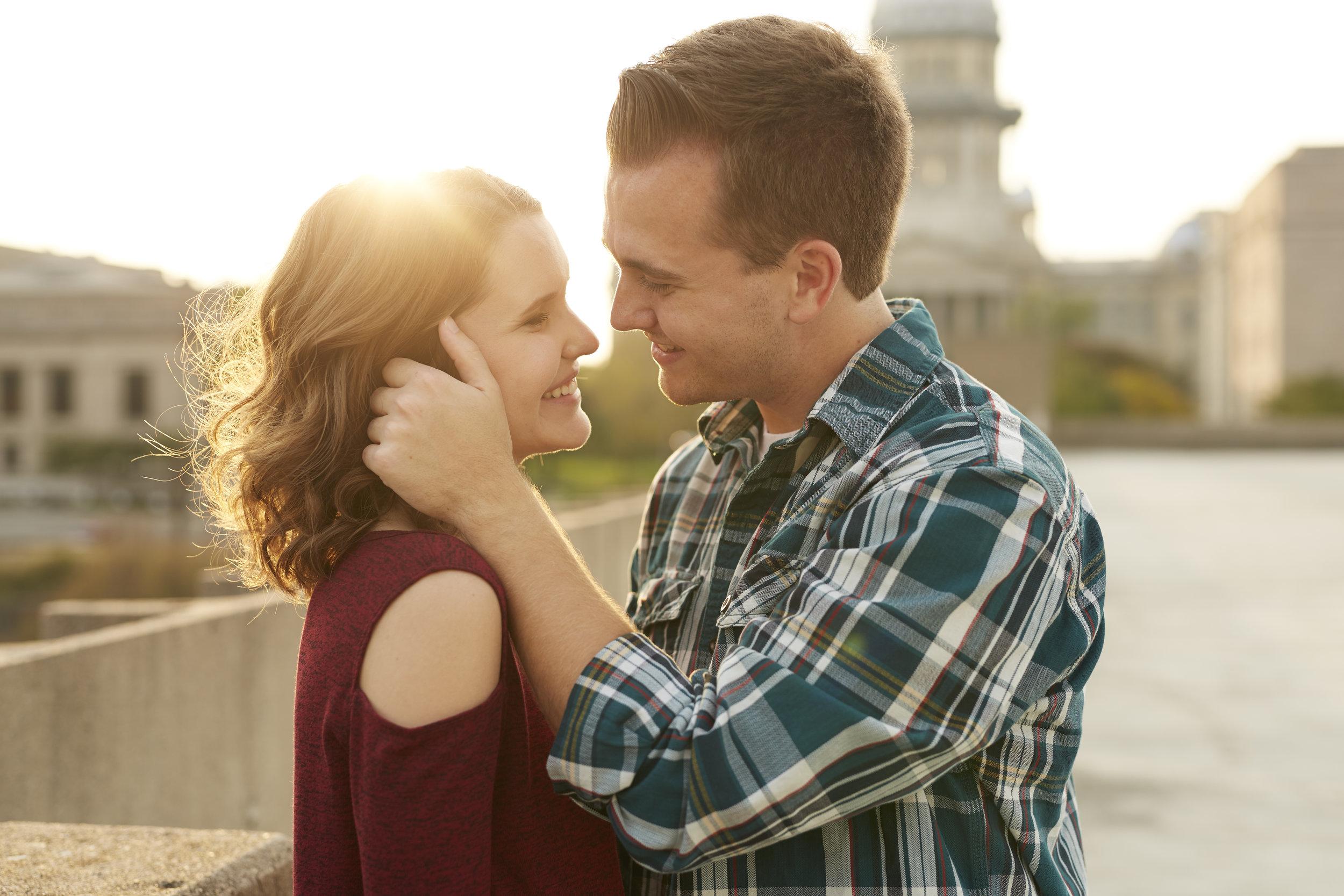 romantic engagement couple portraits