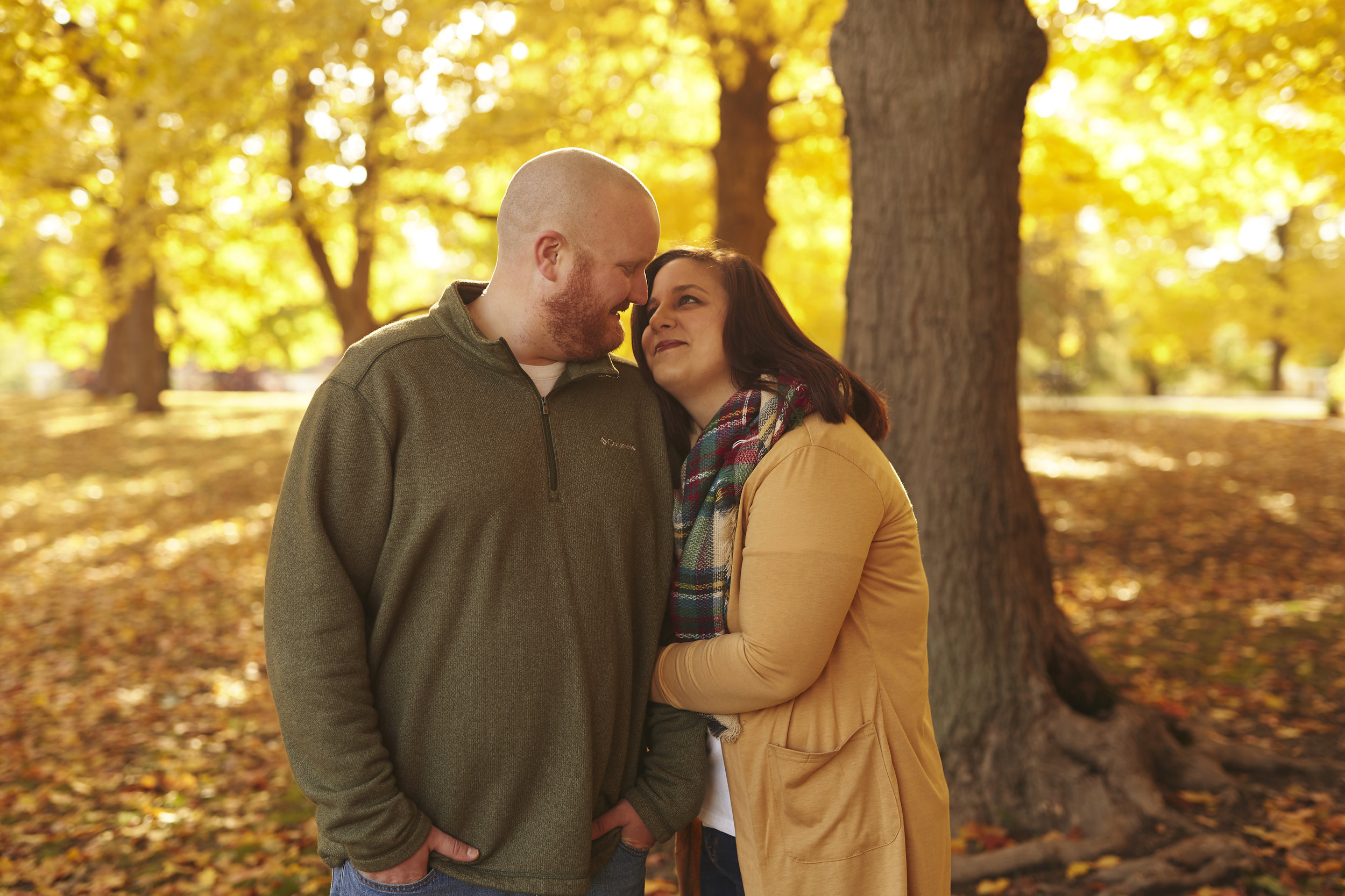 casual style fall engagement photo shoot