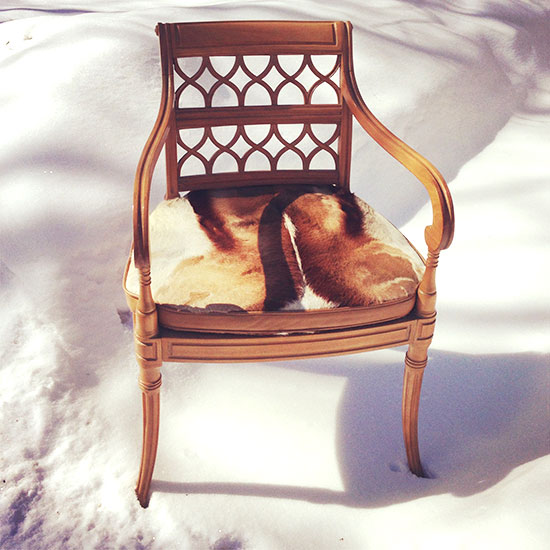 A gorgeous chair. Its mate went home with someone who, unlike me, got her rear out of bed and faced the cold.