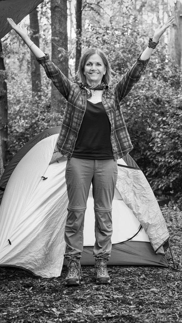 Ellen_CampingBW_6_600.jpg
