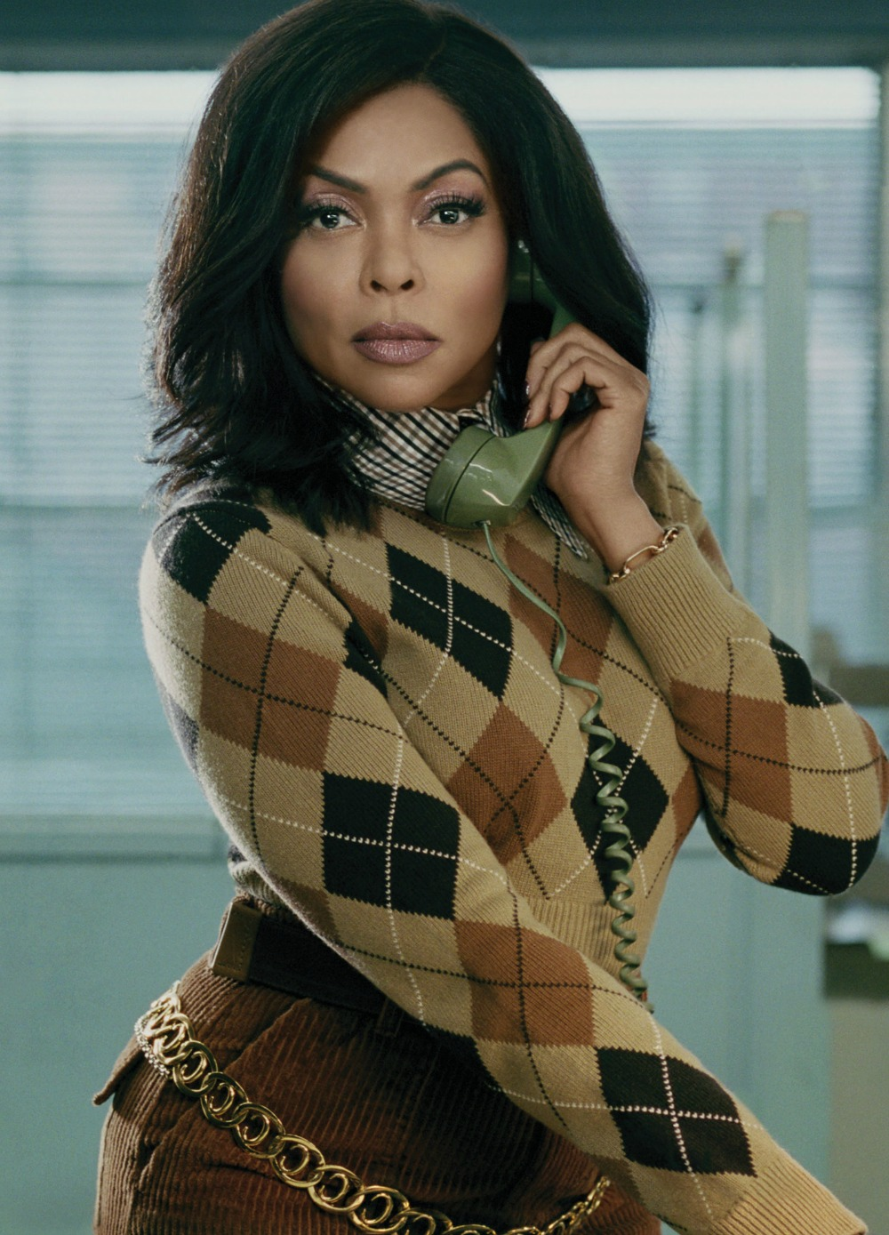 I loved the   Taraji Henson spread   in January's  InStyle Magazine, especially the shot of her channeling Mary Tyler Moore's Minneapolis beret toss.