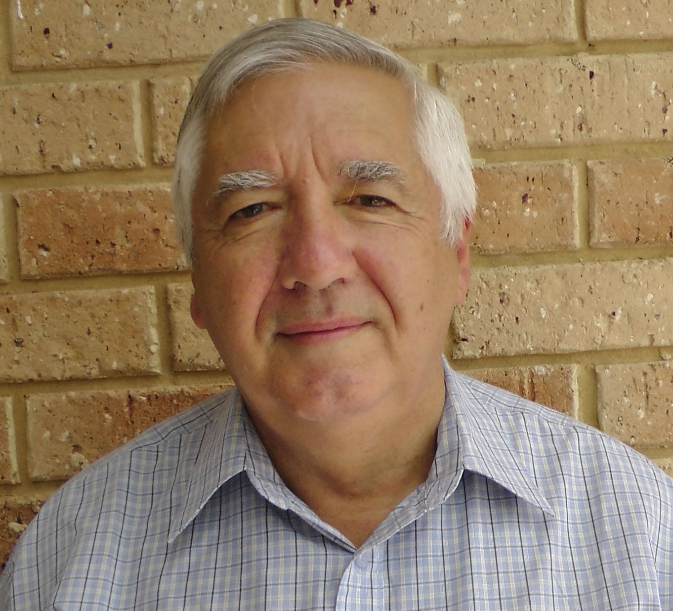 Dr Robert Hoskin