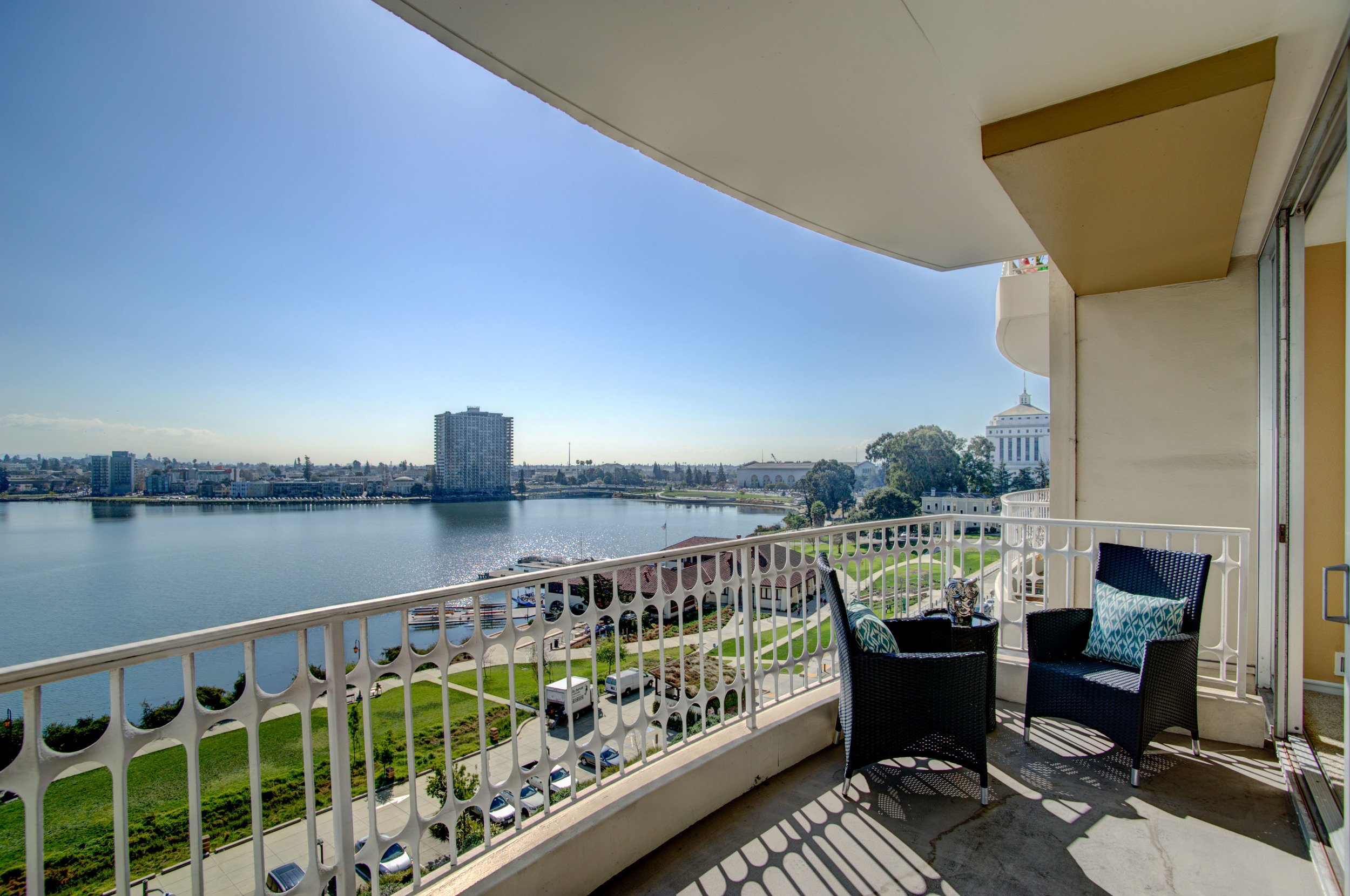 1555_lakeside_drive_unit_93_MLS_HID978716_ROOMbalcony1.jpg